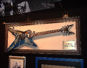 Dimebag-1981-Dean-ML-Guitar-Pantera