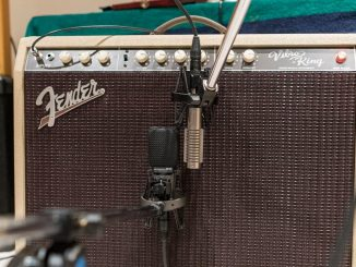 Fender Vibro King Amplifier - Vintage guitar amplifiers