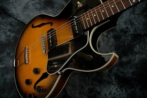 Gibson ES-135 Hollowbody Guitar