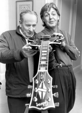 Les Paul Gibson Guitars Paul McCartney