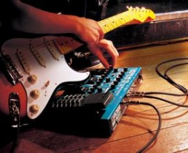 multi effects processor vs stomp box for guitar