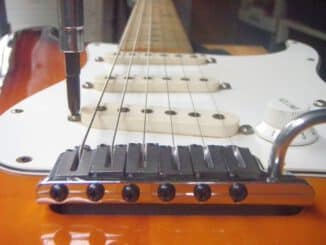 Stratocaster-pickup-height-018
