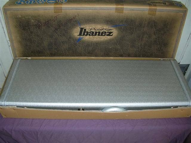 ibanez js2prm box and guitar case