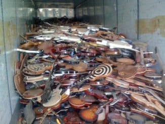 nashville flood destroys guitars instruments