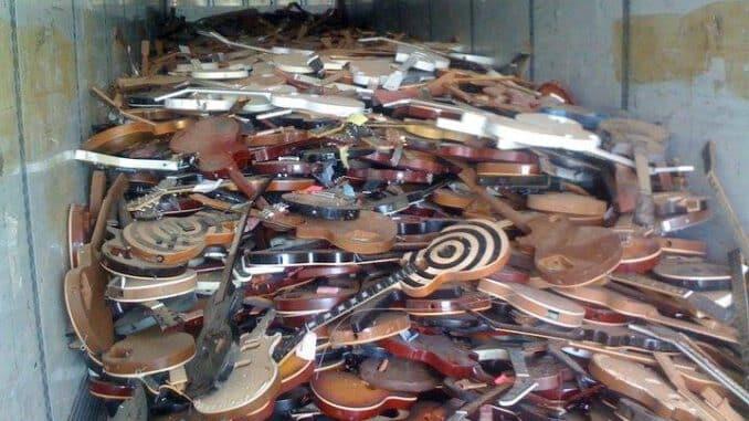 nashville flood destroys guitars instruments
