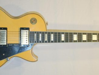 gibson-custom-shop-randy-rhoads-les-paul-custom-aged-253828.jpg