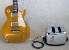guitar-les-paul-toaster-amplifier-rig