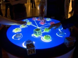 Reactable_Multitouch.jpg