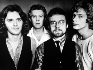 King-Crimson-1974.jpg