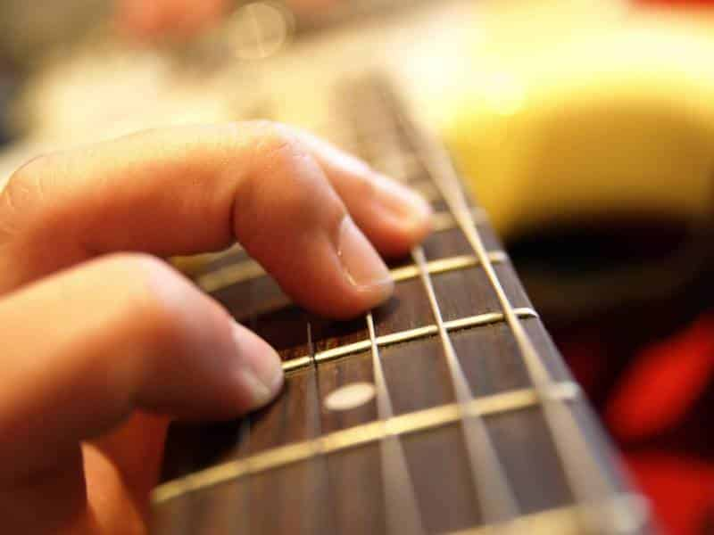 Learning Basic Skills With Easy Guitar Songs