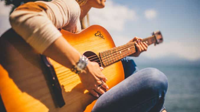 Learning Easy Acoustic Guitar Songs