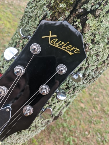 Xaviere XV550 Guitar Review - 3 Things I Hate 2