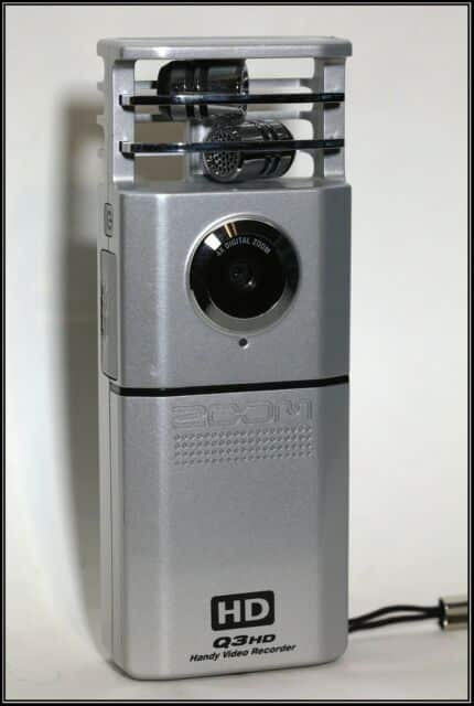 Zoom Q3 Handy Video Recorder Review 1
